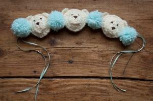 Teddy crib tie